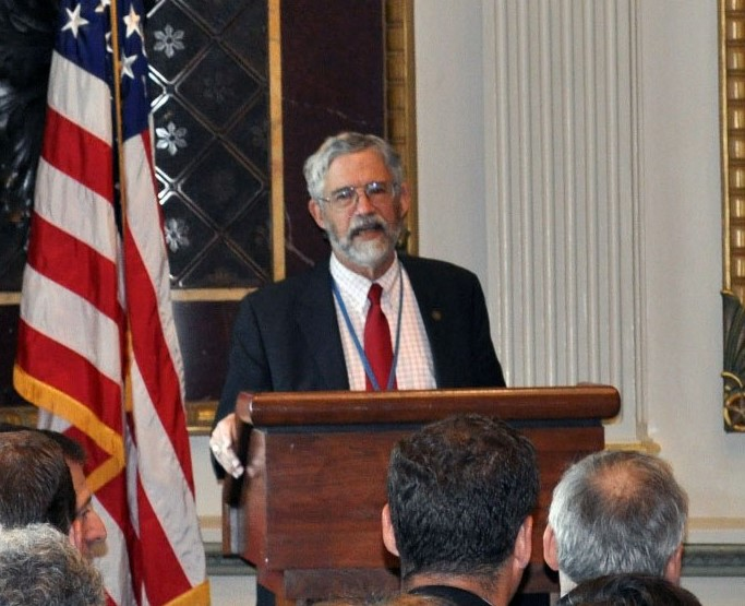 Dr. John Holdren, Assistant to the President for Science and Technology, addresses White House Forum on Small Business Challenges to Commercializing Nanotechnology